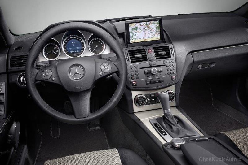 mercedes benz c klasa s204 220 cdi 170 km 2012 kombi skrzynia automatyczna zautomatyzowana. Black Bedroom Furniture Sets. Home Design Ideas