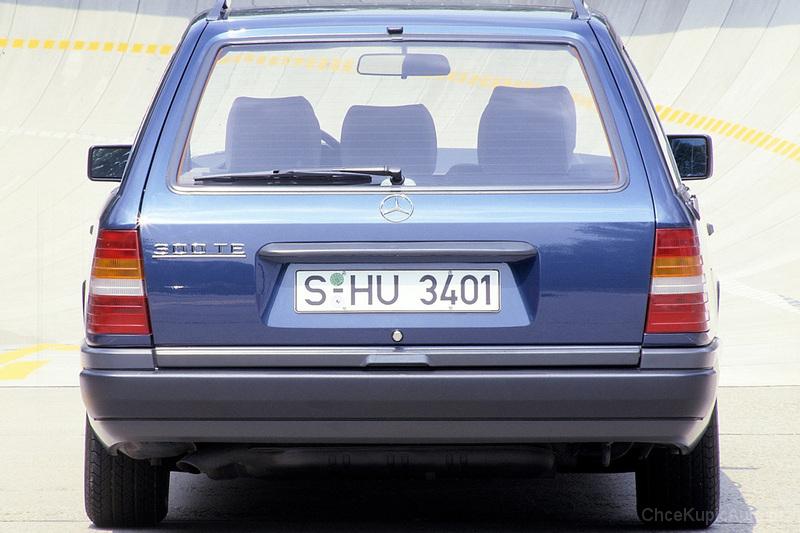 mercedes benz w124 280 197 km 1996 kombi skrzynia automatyczna zautomatyzowana nap d tylny. Black Bedroom Furniture Sets. Home Design Ideas