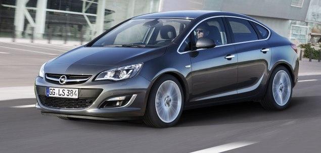 Opel Astra J 1.6 T 180 KM