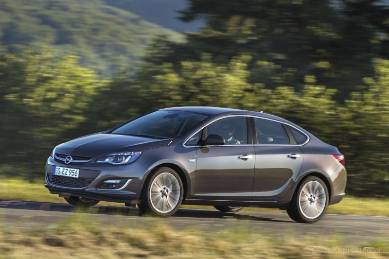 opel astra j 1 6 turbo 170 km 2014 sedan skrzynia. Black Bedroom Furniture Sets. Home Design Ideas
