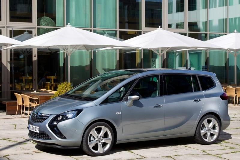 Opel Zafira Tourer C 1.4 Turbo 140 KM