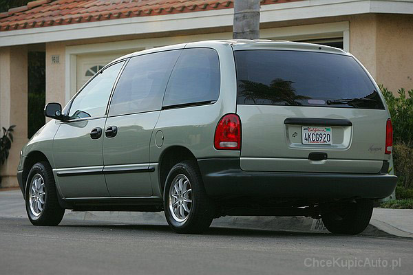 Plymouth Voyager IV 3.0 150 KM