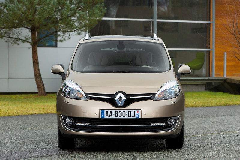 Renault Grand Scenic III FL 1.6 110 KM
