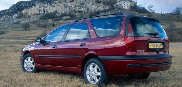 Renault Laguna I 1.6 110 KM