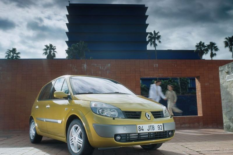 Renault Scenic II 1.5 dCi 105 KM