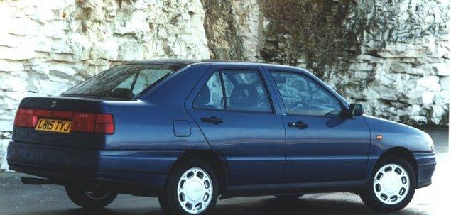 Seat Toledo I 1.6 75 KM