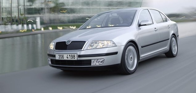 skoda octavia ii 2 0 tdi 140 km 2012 liftback skrzynia r czna nap d przedni. Black Bedroom Furniture Sets. Home Design Ideas