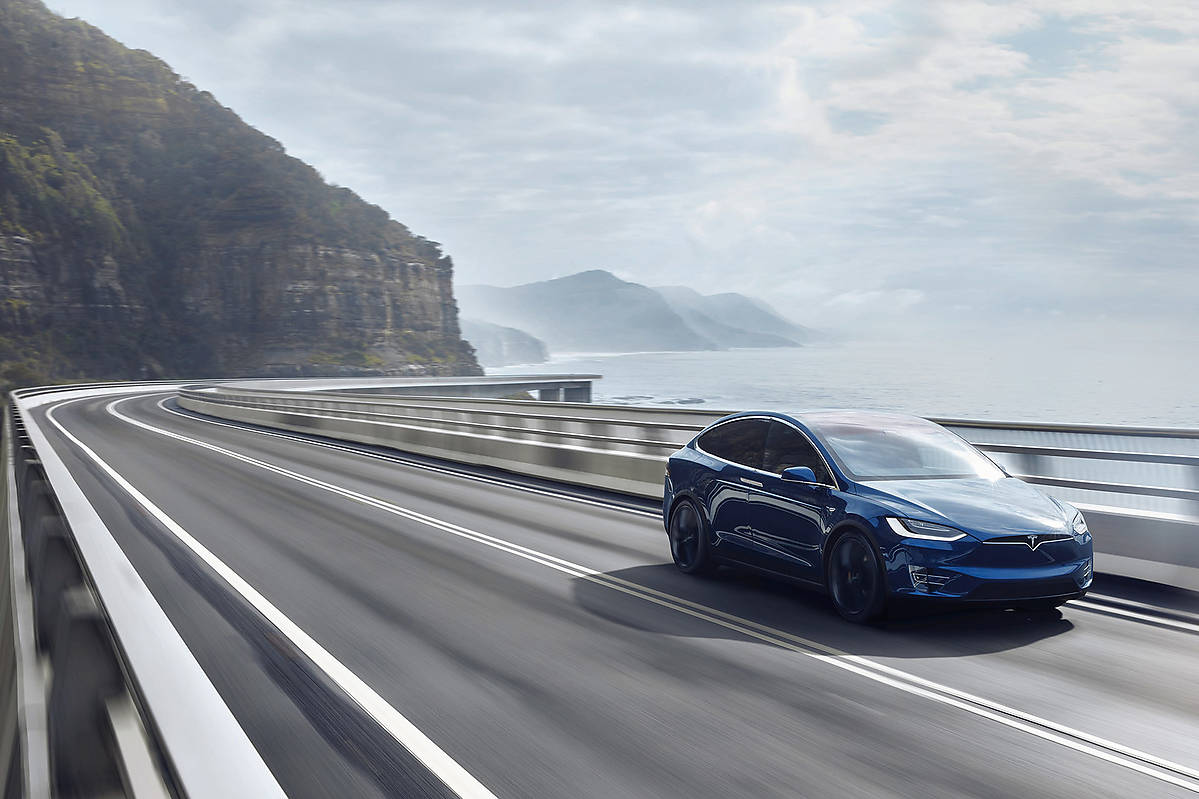Tesla Model X 60D 518 KM