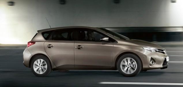 Toyota Auris Ii 1 3 Dual Vvt I 100 Km 2013 Hatchback 5dr Skrzynia