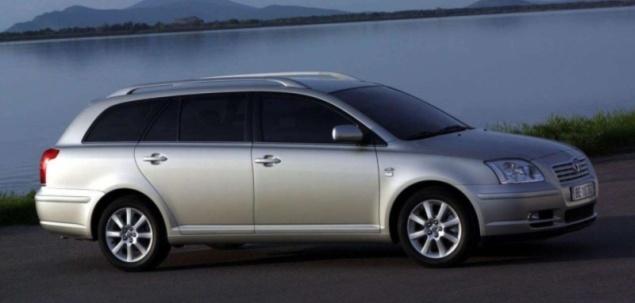 Toyota Avensis II 1.6 VVT-i 110 KM