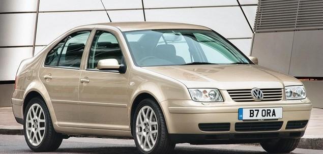 Volkswagen Bora 1.6 105 KM