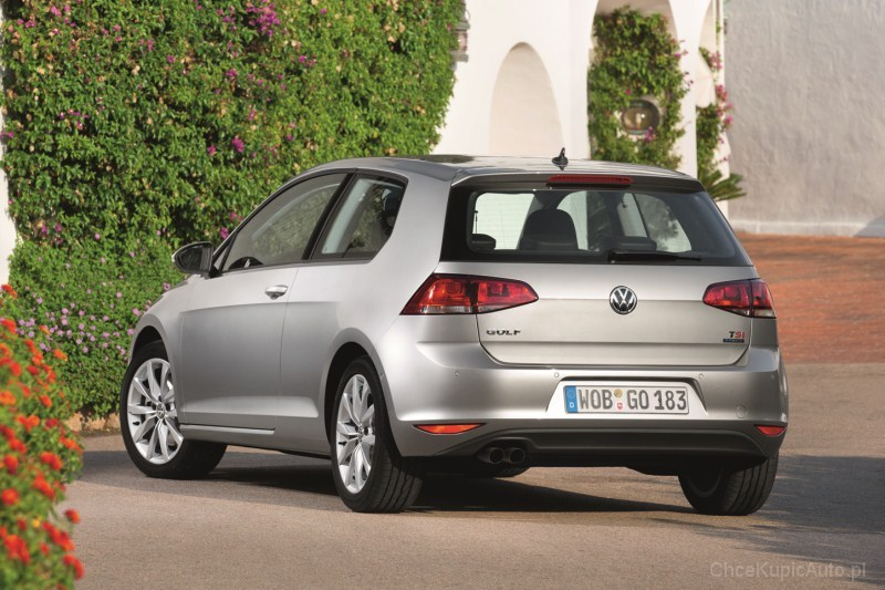 volkswagen golf vii 1 2 tsi 105 km 2012 hatchback 3dr skrzynia r czna nap d przedni zdj cie 5. Black Bedroom Furniture Sets. Home Design Ideas