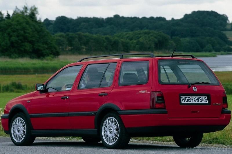 volkswagen golf iii 1 8 90 km 1997 kombi skrzynia r czna nap d przedni zdj cie 4. Black Bedroom Furniture Sets. Home Design Ideas