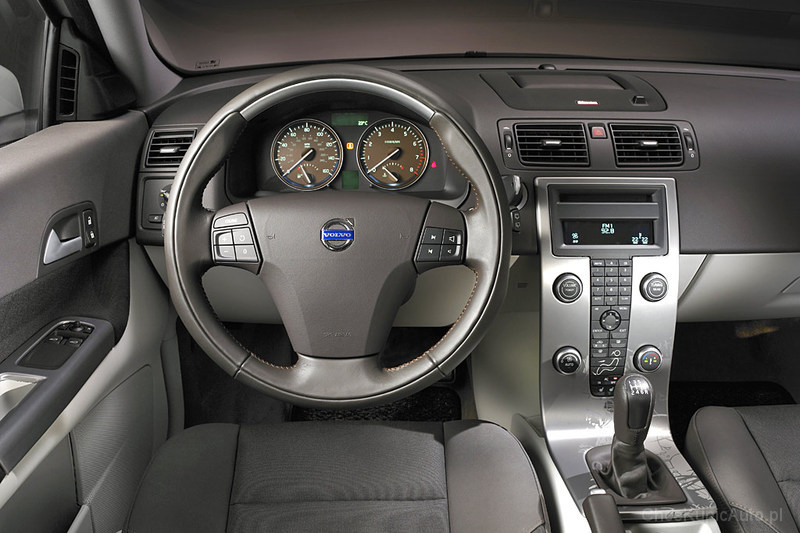 Volvo C30 1.8 125 KM
